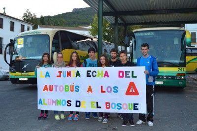 Alumnos Bosqueños, reivindican servicio de Bus hasta Ubrique